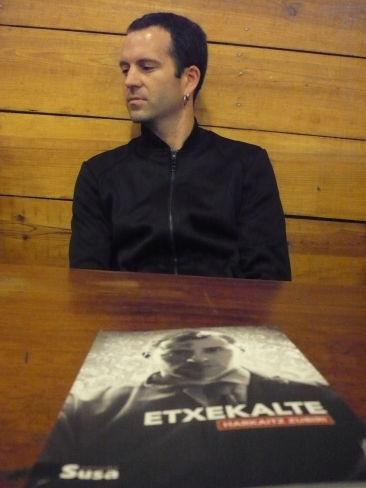 """""""Etxekalte"""" Harkaitz Zubiri (Susa 2012)"""